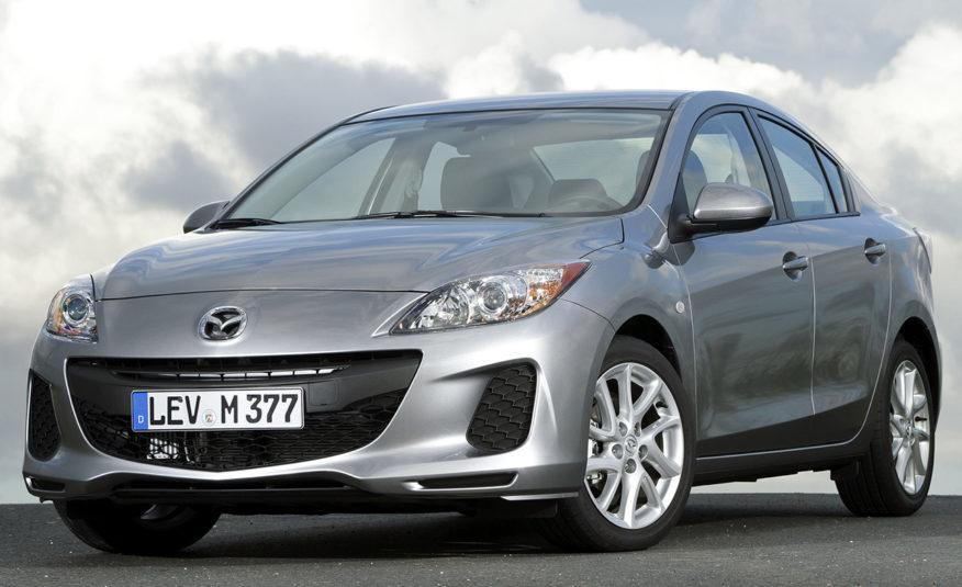 Mazda 3 Sedan 2013