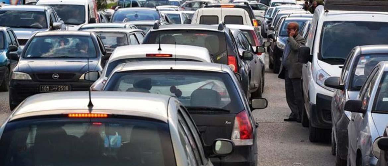 La capitale Tunis sans poids lourds et les véhicules lents